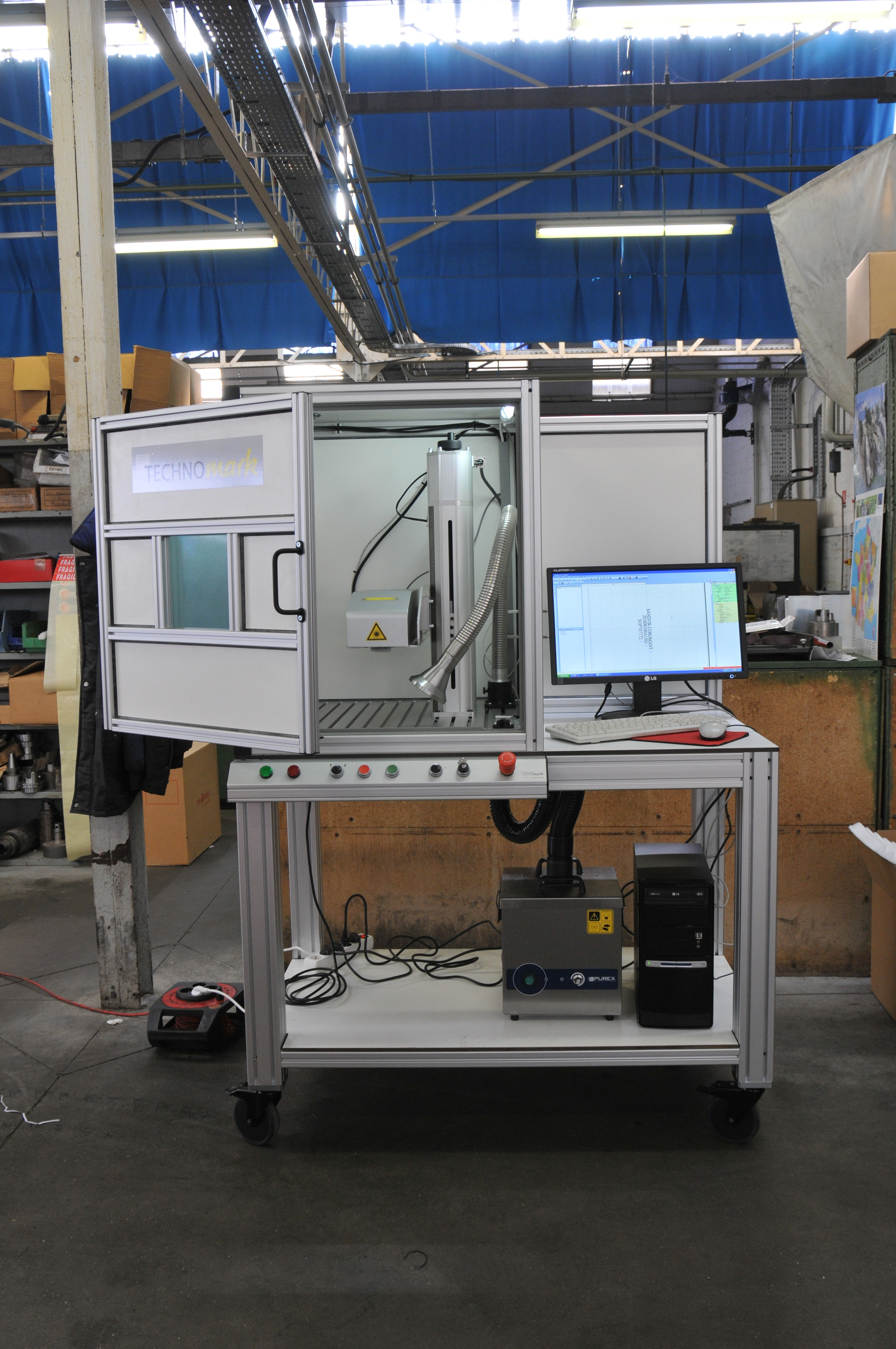Personalized-cutting-tools-laser-station